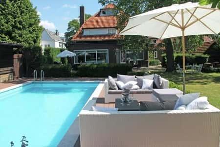 Villa voor 12 personen in Helmond, Brabant