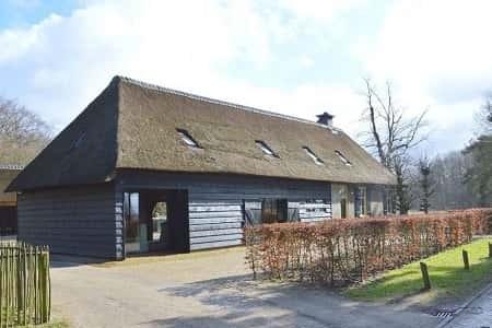 Groepshuis in Ulvenhout voor 10 personen