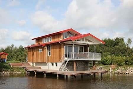 Grote villa voor 12 personen, Noardburgum Friesland
