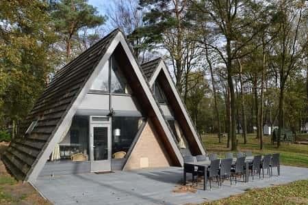 Vrijstaand groepshuis voor 12 personen in Stramproy, Limburg