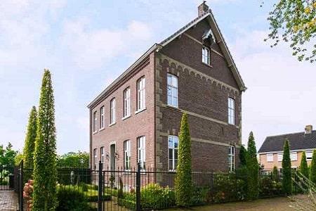 Pastorie voor 21 personen in Neer, Limburg