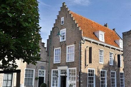 Groepsaccommodatie Zeeland met 10 slaapkamers