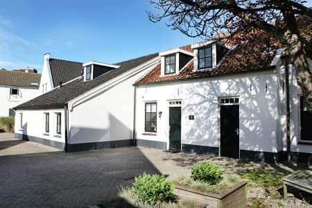 Grote villa voor 11 personen met 5 slaapkamers in Noordwijk