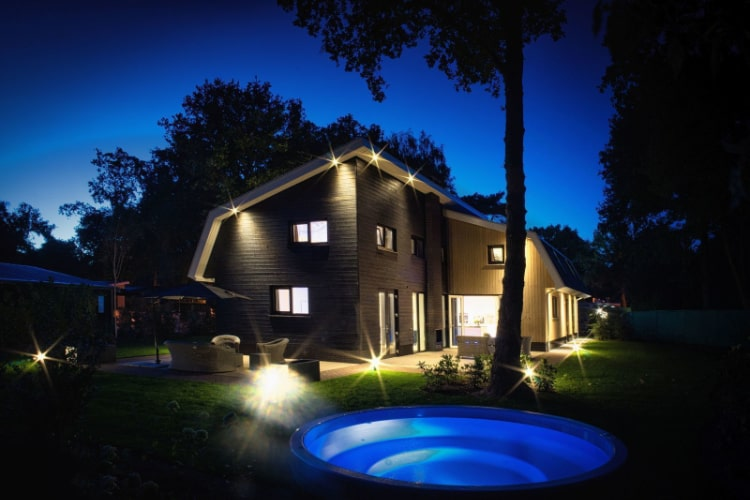 Vakantiehuis met jacuzzi voor 20+ personen