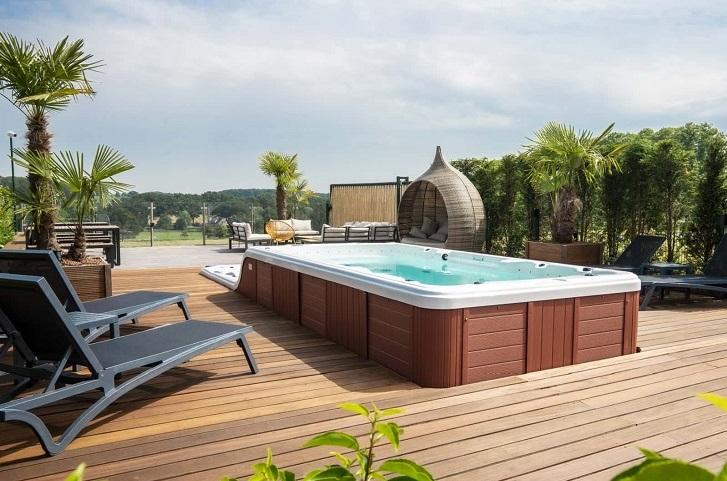 Groot vakantiehuis voor 40 personen met jacuzzi, zwemspa