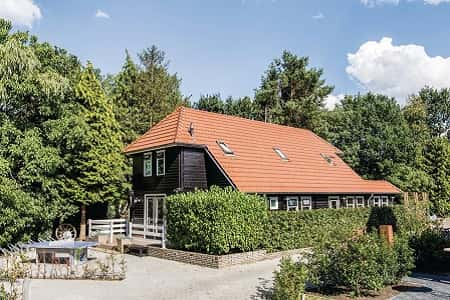 Huis met grote tuin